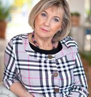 Iwona Majewska - Opiełka
